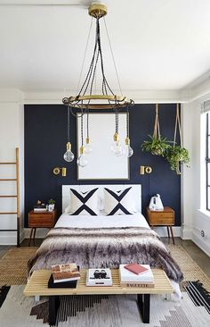33 Epic Navy Blue Bedroom Design Ideas to Inspire You Navy blue is a highly sophisticated color that would fit a bedroom? Cast a glance over our navy blue bedroom ideas and convince yourself of its epicness! Glam Bedroom, Home Decor Bedroom, Girls Bedroom, Bedroom Setup, Bedroom Furniture, Bedroom Modern, Guest Bedrooms, Trendy Bedroom, Reuse Furniture