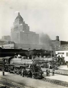 1930 - Steam power waiting to go east at Toronto Union Station, the Royal York Hotel looms overhead. - Image c/o Archives of Ontario, Item RG Downtown Toronto, Toronto City, Toronto Skyline, Toronto Travel, Hotel Ads, Old Steam Train, Toronto Ontario Canada, York Hotels, Canadian History
