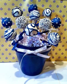 Blue and white Cake pops by JamiesCakePops on Etsy