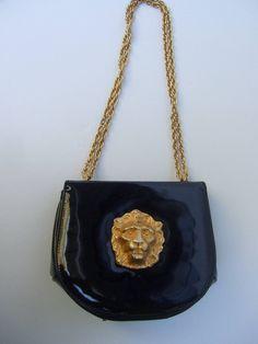 Saks Fifth Avenue Black Patent Leather Lion Handbag c 1970 image 5 Черная  Открытая Кожаная Одежда 71508be798f