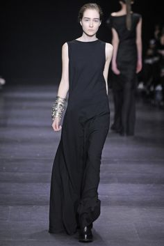 Ann Demeulemeester RTW Fall 2014 - Slideshow - Runway, Fashion Week, Fashion Shows, Reviews and Fashion Images - WWD.com