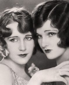 objectifiedimagez: Leota and Lola Lane. objectifiedimagez: Leota and Lola Lane. Vintage Glamour, Vintage Beauty, Vintage Ladies, Vintage Fashion, Retro Vintage, Fashion 1920s, Fashion 2018, Vintage Curls, Vintage Makeup