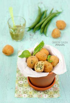Polpettine al pesto, fagiolini e patate