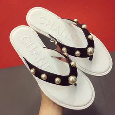 Chanel woman slippers flats