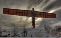 The Angel of the North was commissioned by Gateshead Council and created by internationally renowned sculptor, Antony Gormley. It is Britain's largest sculpture Lisa Angel, Angel Of The North, Antony Gormley, Land Art, Britain, United Kingdom, Wallpaper, Figurative, Places