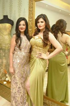 Zarine Khan's special photo shoot for Amy Billimoria's eco friendly collection 'Earth Most Beautiful Bollywood Actress, Bollywood Actress Hot Photos, Indian Bollywood Actress, Indian Actresses, Bollywood News, Beautiful Actresses, Star Beauty, Beauty Full Girl, Hottest Models