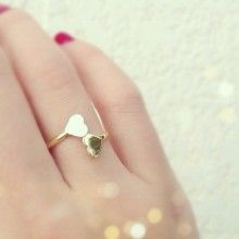 I would love it if my boyfriend got me a ring for valentines day!!
