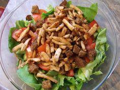 Tartalmas csirkemellsaláta - fogyókúrázóknak is http://bouvet.cafeblog.hu/2015/05/12/tartalmas-csirkemellsalata-fogyokurazoknak-is/