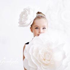 Pure Beauty... Paper Flowers by MIO GALLERY @mio_gallery  Photo Credit: Goroshynka Studio @goroshynkastudio.  #miogallery #студиябумажногодекора  #paperflowers #PaperFlowerWall  #paperflowerbackdrop  #papercouture  #editorial  #миогелери #madeinukraine #бумажныецветы  #windowdisplay #VisualMerchandising #eventplanning  #giantpaperflower #theknot #weddingmagazine #fashion #weddingbackdrop #backdrop #anthrodisplay  #marthastewartweddings #theweddingscoo #windowswear  #fashiondecoration