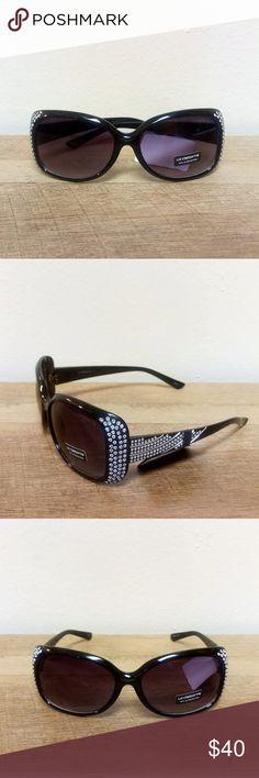 522d9d12d0c Liz Claiborne Black w  Silver Jewel Sunglasses Liz Claiborne Black   Silver  BLING Sunglasses Brand