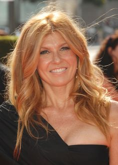 Connie Britton - love the hairstyle and color