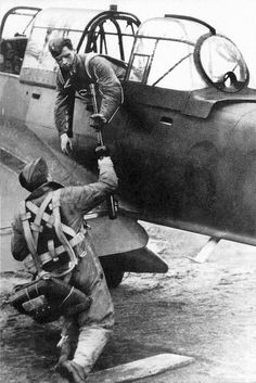 JU-87, positioning your MG