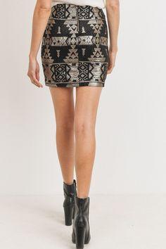 Sequence Pattern Mini Skirt | KjSelections Dress Design Sketches, Dress Making, Designer Dresses, Zip Ups, Mini Skirts, Woman Fashion, Model, Pattern, How To Wear