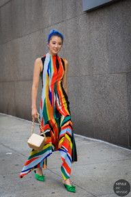 Irene Kim in Solace London dress, during New York Fashion Week S/S 2018 💥🔹💥 Irene Kim, Street Style Trends, Street Styles, Street Looks, Straight Cut Jeans, Couture Details, Cool Style, My Style, Colourful Outfits