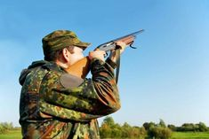 Clay Pigeon Shooting, 25 Clays & Breakfast or Afternoon Tea