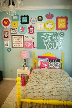 gallery wall girls shared room | Gallery wall idea - girls room | For the Home