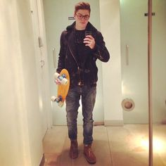 Jack Harries- Might need a completely different board for my love of the Harries twins!!!