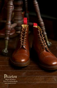 Tricker's Toe cap Brogue Boots