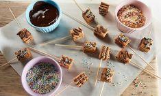Mini-Kalter-Hund am Stiel Rezept Kind Snacks, Caramel Apples, Chocolate Fondue, Muffins, Pudding, Breakfast, Cake, Desserts, Mini