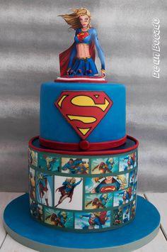 Comic cake: Supergirl Tarta comic