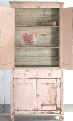 FleaingFrance Brocante Society Chipped to perfection....I want a pink chipped cabinet