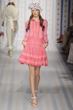 Tendências Semana de Moda de Milão – Primavera/Verão 2013: Dia 06 http://www.modalogia.com/2012/09/24/tendencias-semana-de-moda-de-milao-primaveraverao-2013-dia-06/
