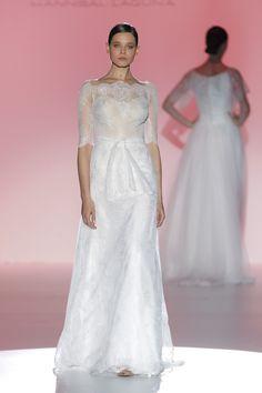 Hannibal Laguna #BarcelonaBridalWeek 2014 runway. Desfie de Hannibal Laguna en la #BarcelonaBridalWeek 2014. #Bride #Barcelona #Bridal #Fashion http://www.barcelonabridalweek.com/en/