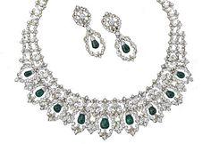 Gianmaria Buccellati - Parure in filigrana d'oro giallo con diamanti bianchi taglio a rosa, a goccia e taglio navette, e 11 smeraldi taglio briolette. Pezzo unico