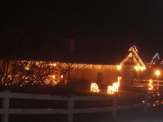 PT 232 DEC 2014 CHRISTMAS YARD IN NAMPA IDAHO.