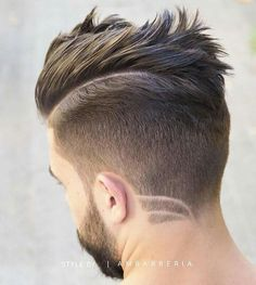 27 Kamm über Frisuren für Männer, Kamm Over Taper + Haar-Design + Bart , Männer Frisur Trending Hairstyles For Men, Mens Hairstyles With Beard, Cool Hairstyles For Men, Undercut Hairstyles, Hair And Beard Styles, Hairstyles Haircuts, Haircuts For Men, Curly Hair Styles, Hairstyle Ideas