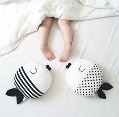 Симпатичные Горошек и Полосой Pattern Рыба Подушки Мягкие Детские Игрушки Диван Украшения Подушки Подарок Украшение Дома