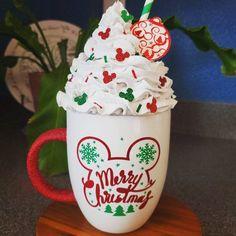 Christmas To Do List, Mickey Christmas, Christmas Mugs, Christmas Ideas, Christmas Decorations, Diy Whipped Cream, Cream Mugs, Xmas Crafts, Fun Crafts