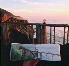 jedavu: Art Teacher Paints Watercolor Landscapes Using Water Found at Her Destinations Hannah Jesus Koh does not bring ordinary tap water with her when she creates watercolor paintings of her stunning surroundings. Using liquid straight from the environment that she wants to portray, the high school art teacher paints remarkable landscapes within the confines of her journal.