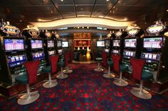 Oasis of the Seas - Casino Royale.
