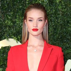 CELEBRITY HAIR: How to do the slicked back trend like Nicole Scherzinger, Rosie Huntington-Whiteley and Jennifer Lawrence - Beauty & Hair News - handbag.com