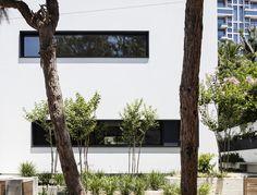 Galería de Casa U / Ronnie Alroy Architects - 9