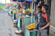 Roasted Corn Seller - Magelang, Jawa Tengah- Indonesia