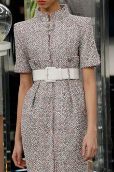 Chanel Spring/Summer 2017 Couture - Chanel Dresses - Trending Chanel Dress for sales - Chanel Spring/Summer 2017 Couture Chanel Couture, Couture Fashion, Dress Chanel, Chanel Jacket, Vogue Paris, Primavera Chanel, Moda Chanel, Chanel 2017, Spring Fashion