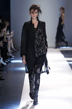 http://www.fashionsnap.com/collection/ann-demeulemeester/2015ss/gallery/index10.php