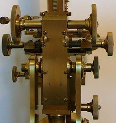 An Early Victorian Microscope y Joseph Casartelli, Manchester.