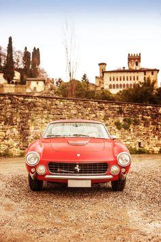 Ferrari 250 GT Lusso Berlinetta (1963) / photo by Simon Clay