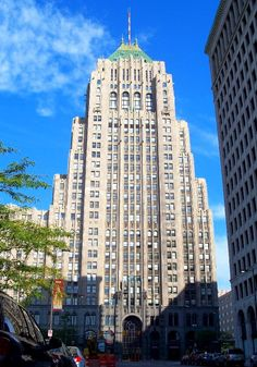 Fisher Building by Albert Kahn, Detroit, Michigan.