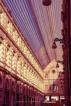 Galeries Royales St. Hubert, Bruxelas, Bélgica. A arquitetura é linda.
