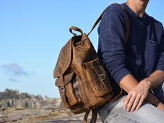 Our leather rucksack is a practical, industrious and functional solution to carrying all your goods, comfortably. A true man bag! Mens Leather Satchel, Leather Backpack For Men, Men's Leather, Vintage Leather, Real Leather, Men's Backpacks, Leather Backpacks, Men's Bags, Gender Neutral