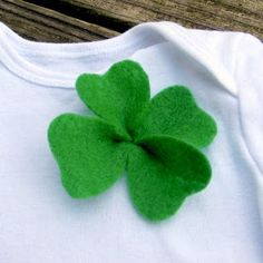 The Wishing Elephant: The Easiest 4 Leaf Clover Adornment