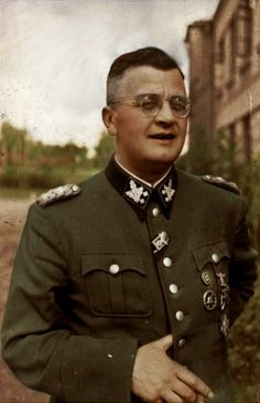 reinhardhimmler:  卐 SS-Obergruppenführer und General der Waffen-SS und der Polizei, Höherer SS- und Polizeiführer (HSSPF) Erich von dem Bach-Zalewski