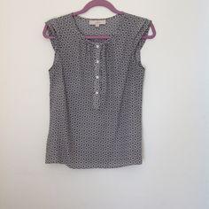 Loft size XS blouse Loft size XS blouse. Only worn a few times, no signs of wear. LOFT Tops Blouses