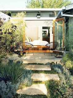 Garden design ideas – photos for Garden Decor Outdoor Rooms, Outdoor Living, Outdoor Decor, Outdoor Furniture, Small Garden Nooks, Jardin Luxuriant, Home And Garden Store, Minimalist Garden, Mediterranean Garden
