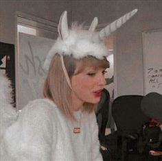 Taylor Swift Pictures, Taylor Alison Swift, Blake Steven, Selena, Taylor Swift Wallpaper, Swift Photo, Matthew Gray Gubler, American Singers, Queens