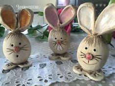 Easter Bunnies – Cheeky Bunny Gang – hecho a mano por en DaWanda Clay Projects, Clay Crafts, Diy And Crafts, Kids Clay, Play Clay, Cardboard Sculpture, Pottery Animals, Diy Ostern, Clay Figurine